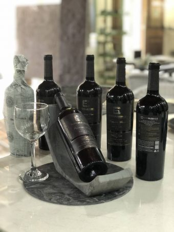 Suporte e Vinho SuperClassico-4